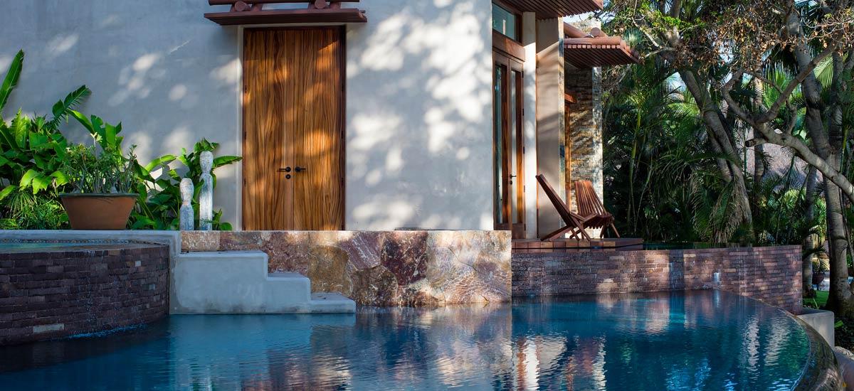 casa tau pool 2