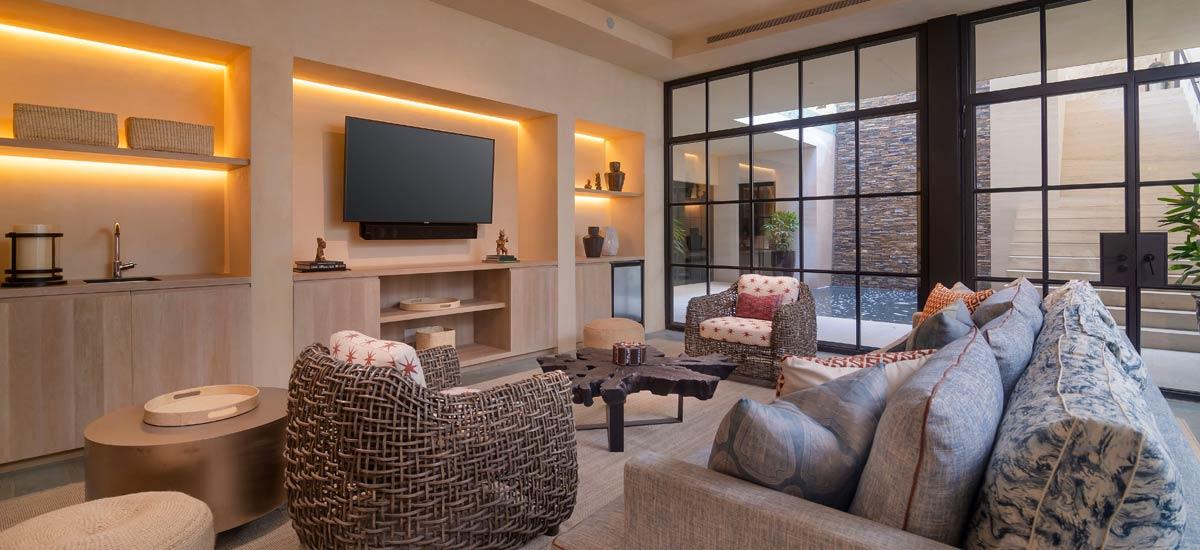 casa tesoro indoor lounge