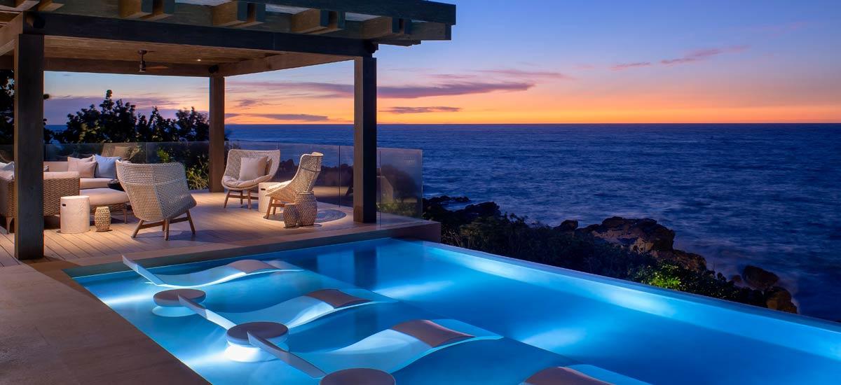 casa tesoro pool at night 3