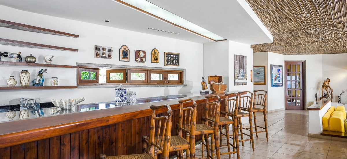 casa tita bar