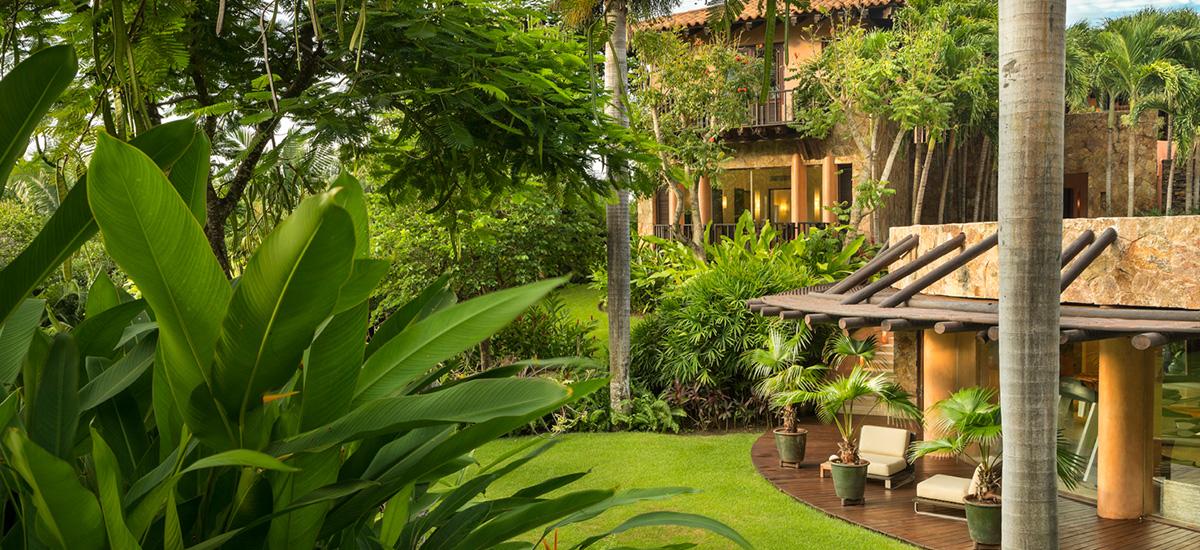 casa tres soles garden