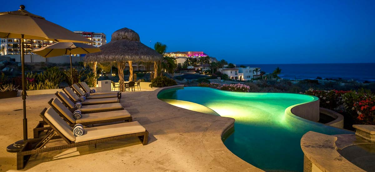 casa tropico at night 2