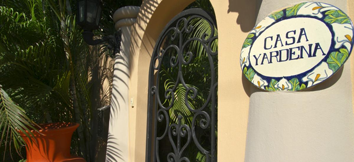casa yardena entry