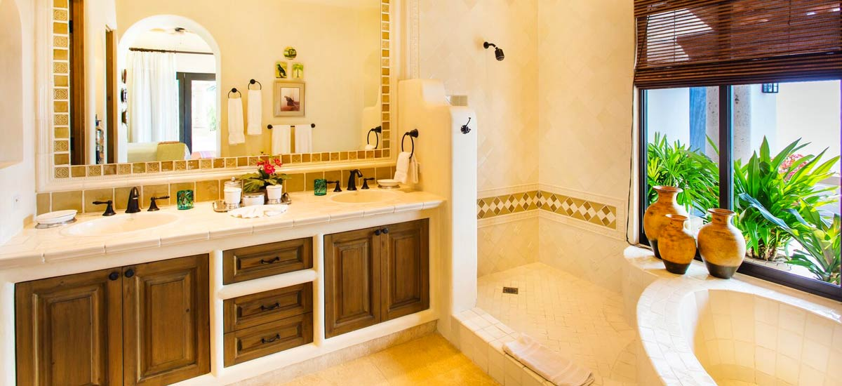 casita 5 del mar bathroom