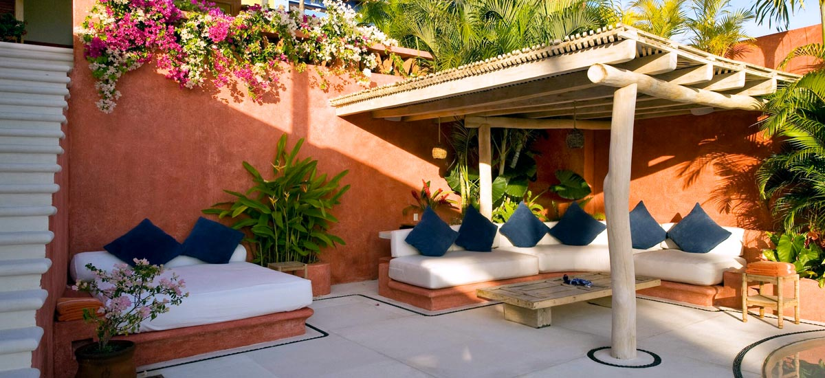 casita carioca lounge outdoors