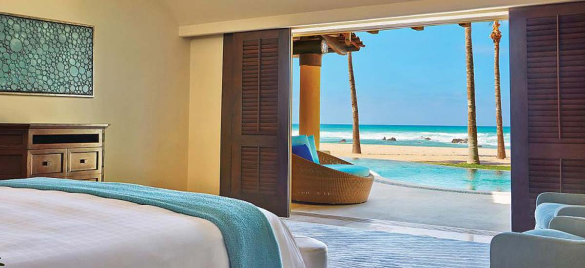 coral villa bedroom