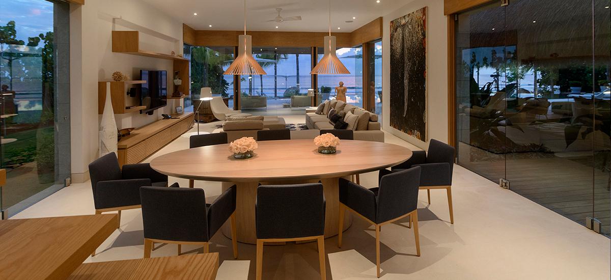 estate amanecer living room