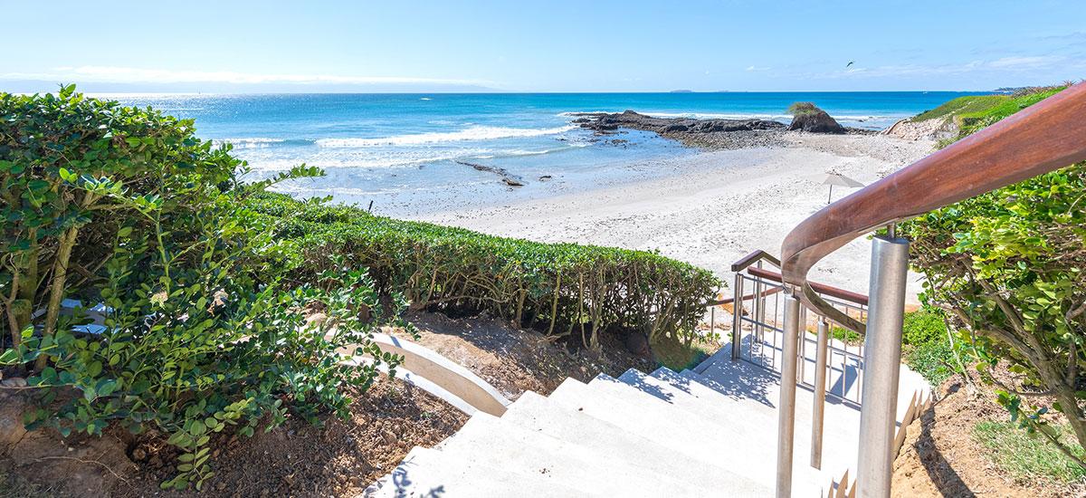Estate Buho Beach Stairs