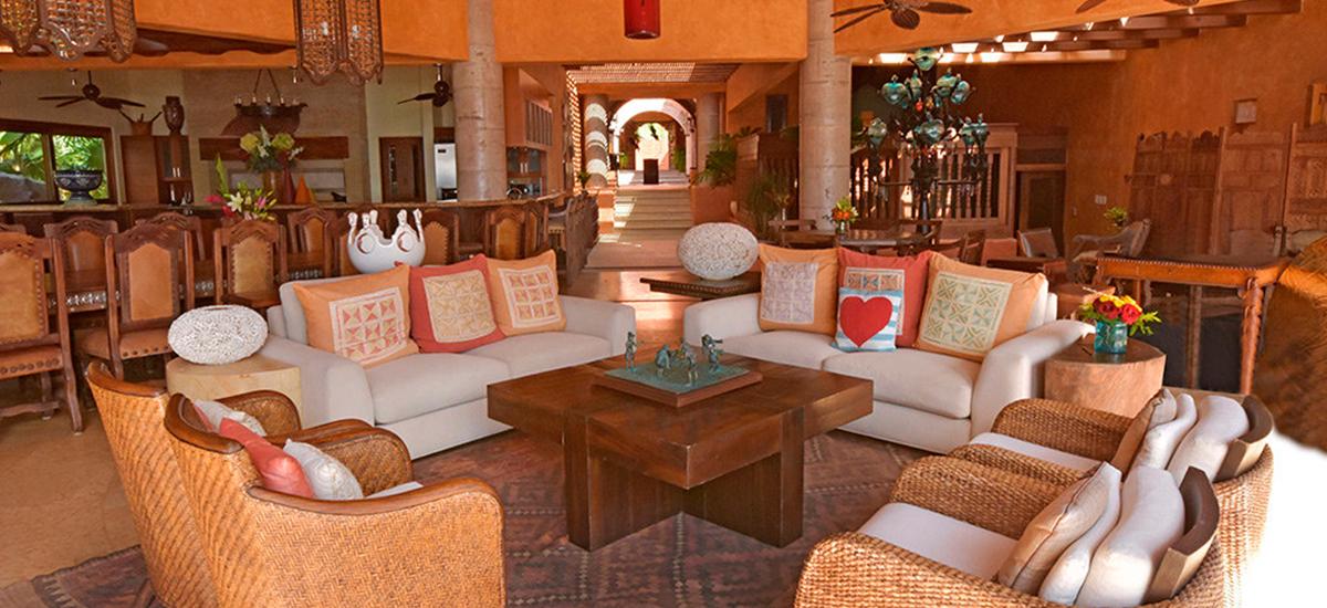 estate primavera living room