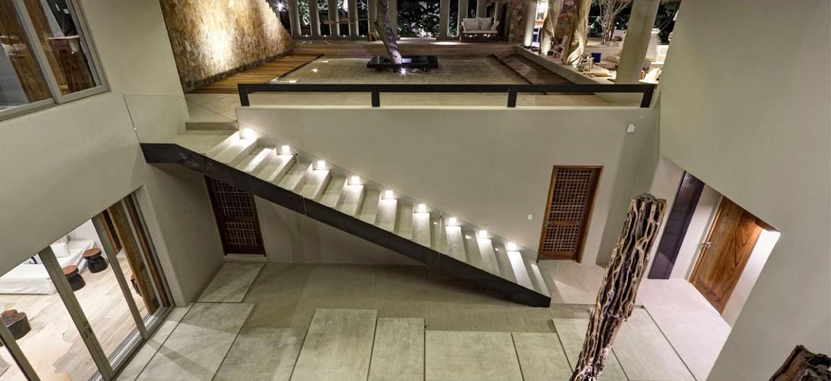 estate palo de brasil stairs