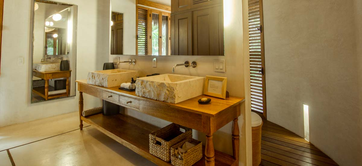 hacienda chekul bathroom