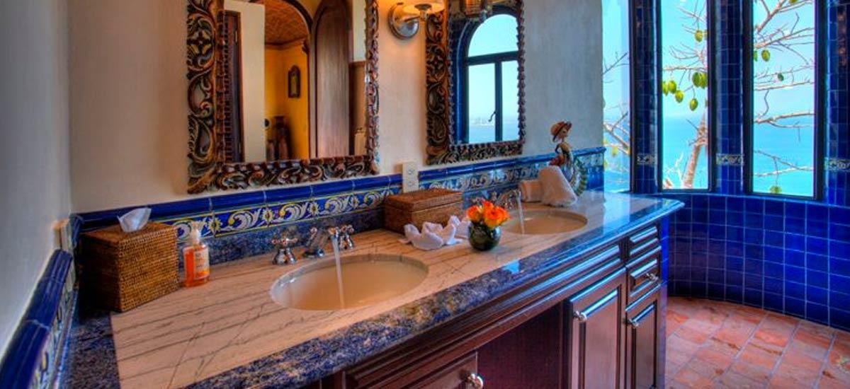 hacienda de los santos bathroom 2