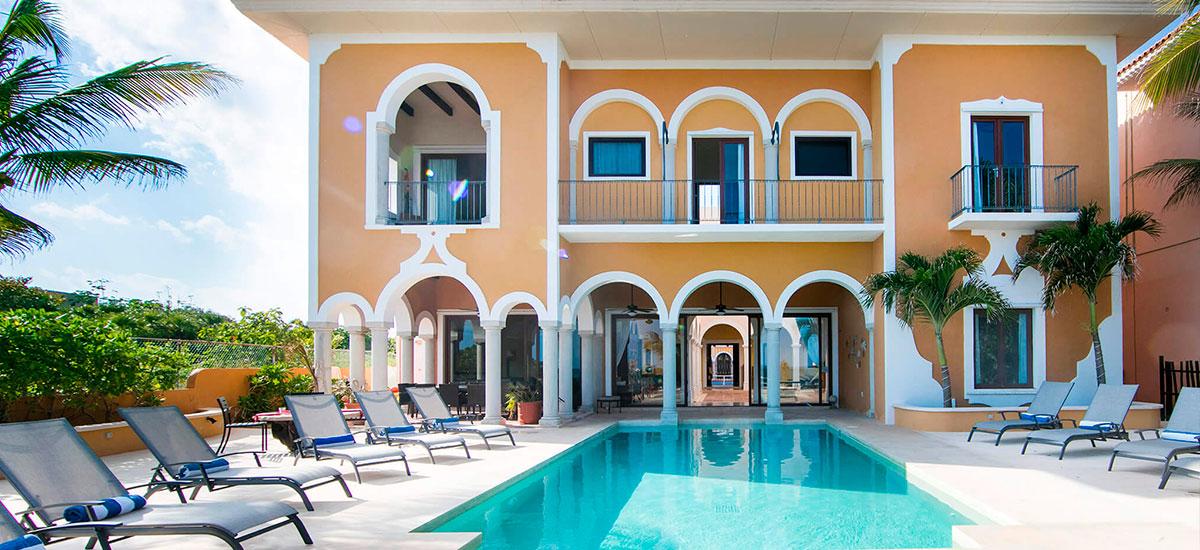 hacienda magica front villa