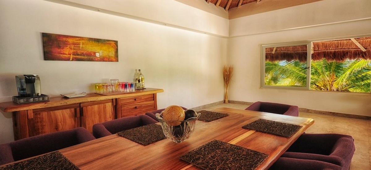 hacienda paraiso dining room