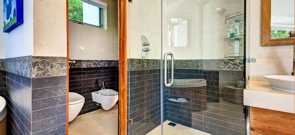 kite house bathroom 5