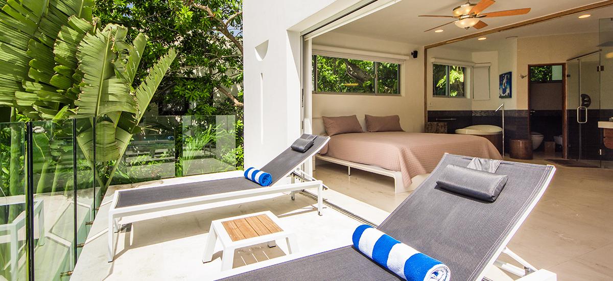 kite house bedroom decks