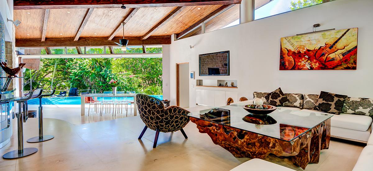 kite house living room