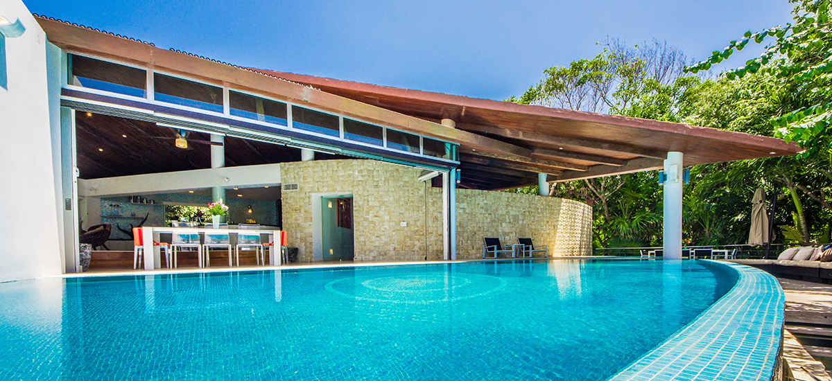 kite house house pool