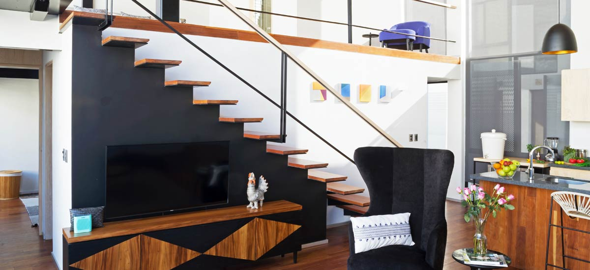laredo aerie penthouse stairs
