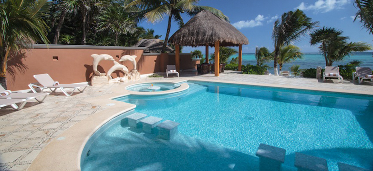 lol beh villa pool 3