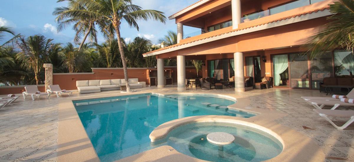 lol beh villa pool 4