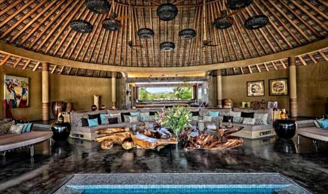 Samora's main palapa and its expansive sofa