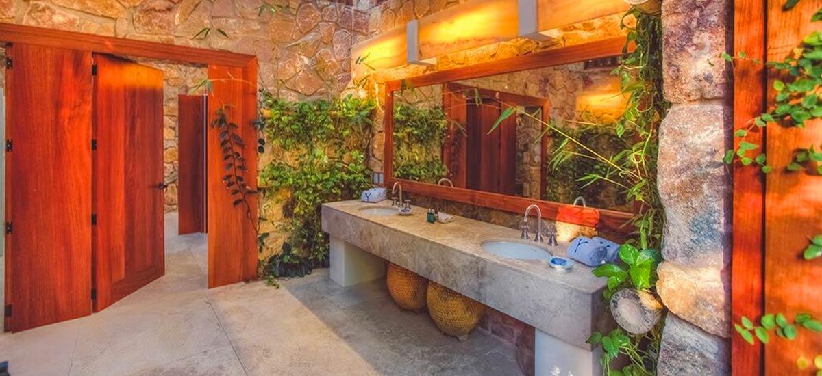rancho huracan bathrooms 2