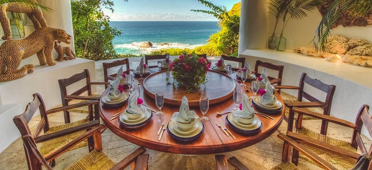 rancho huracan dining room