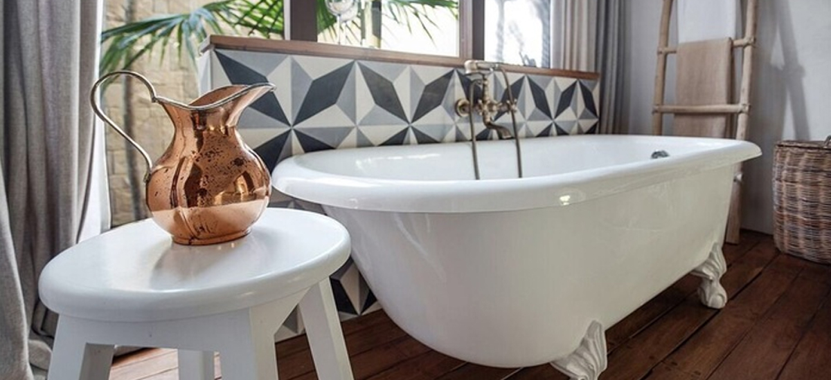 sanara master suite bath tub