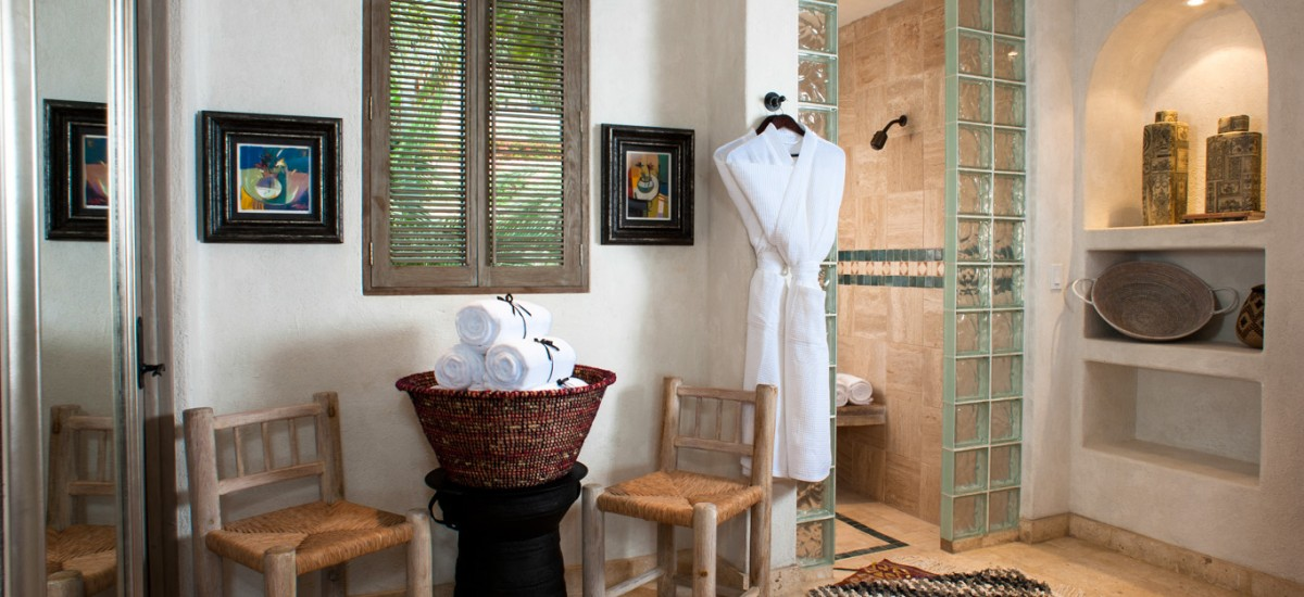 villa 321 bathroom