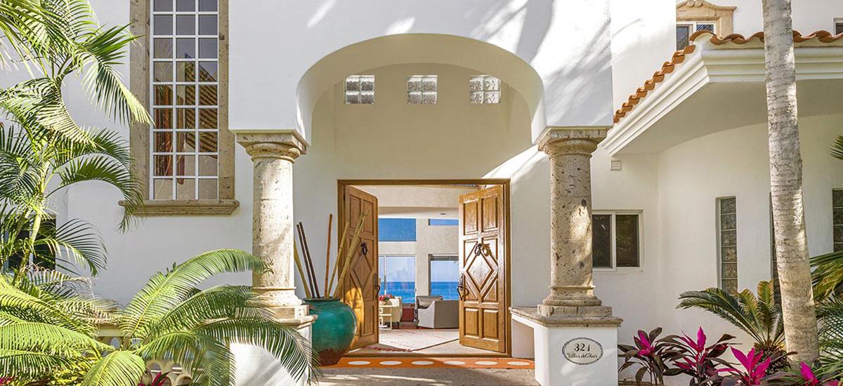 villa 321 entrance