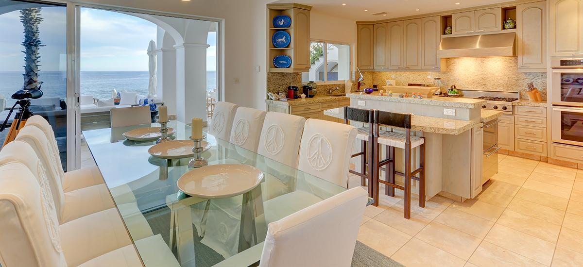 villa 322 dinner room 2
