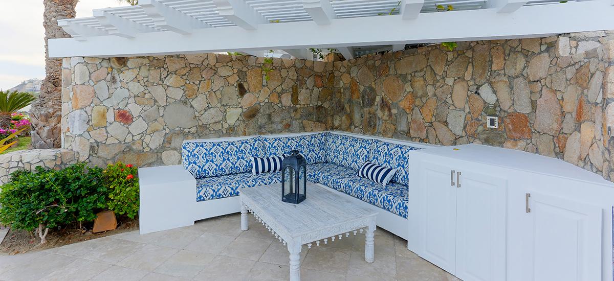 villa 322 lounge