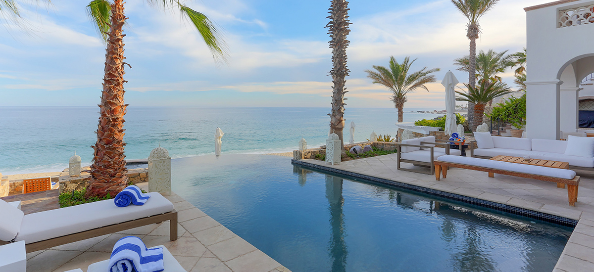 villa 321 pool 1