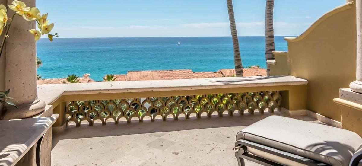 villa 366 balcony