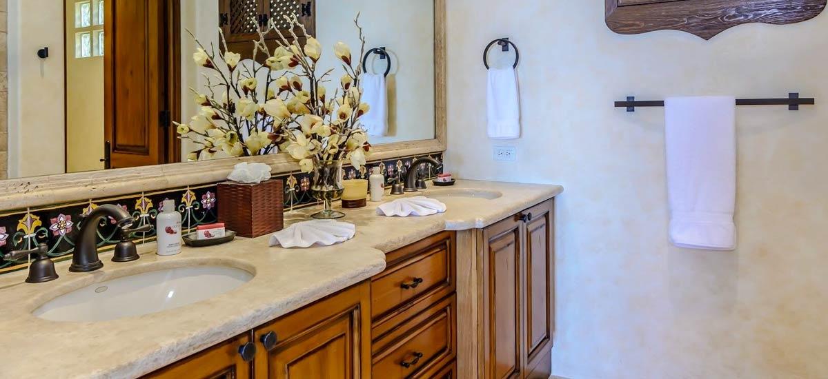 villa 366 bathroom