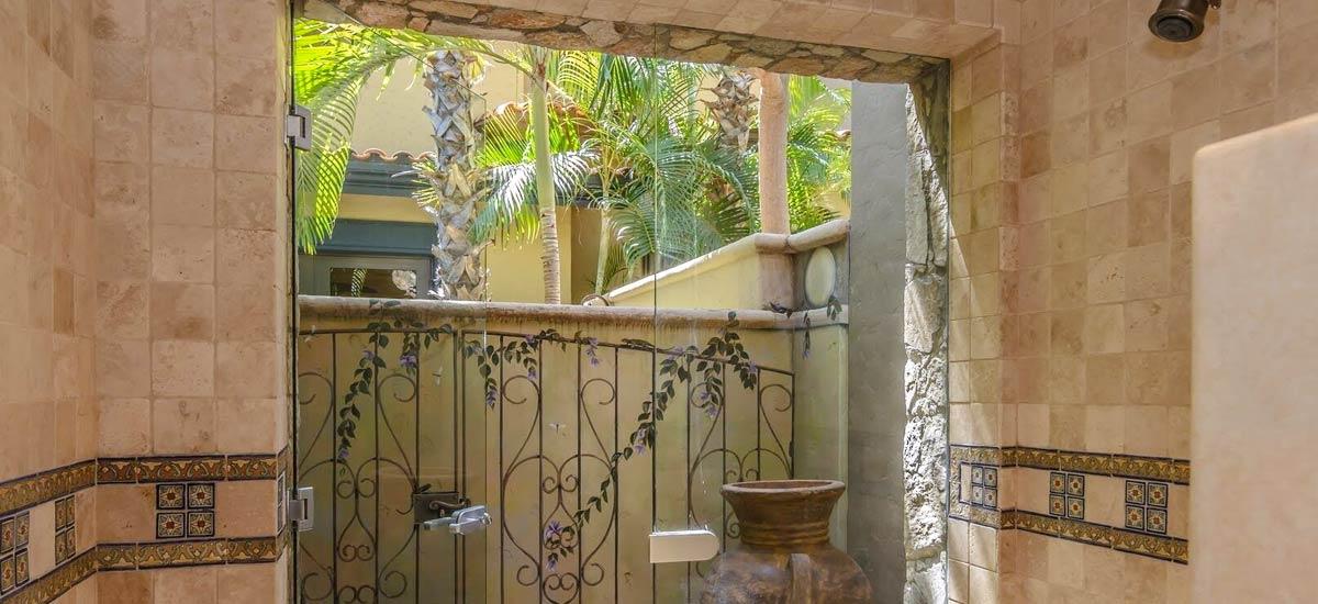 villa 366 casita bathroom