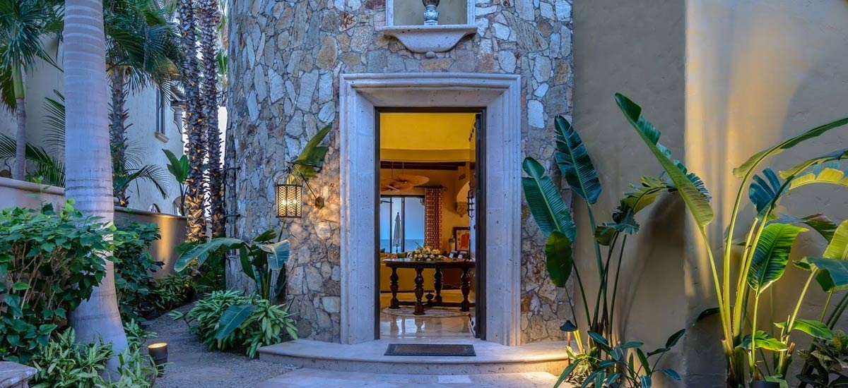 villa 366 entrance
