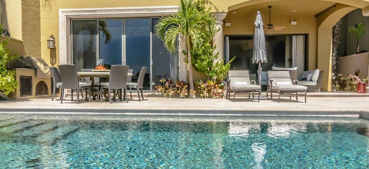 villa 366 pool area 3
