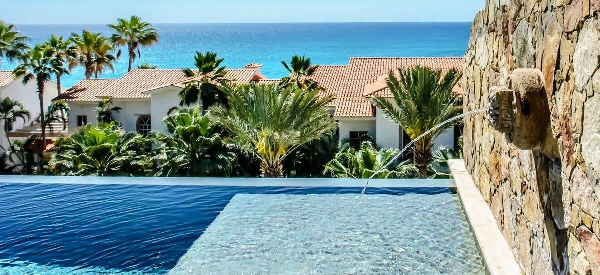 villa 366 pool
