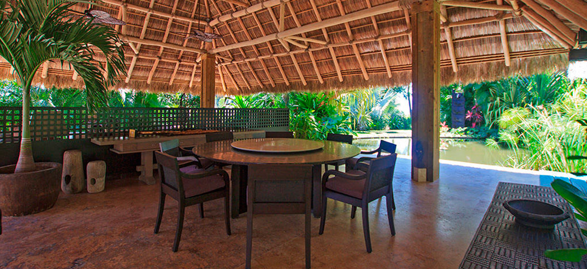 villa aire punta mita table