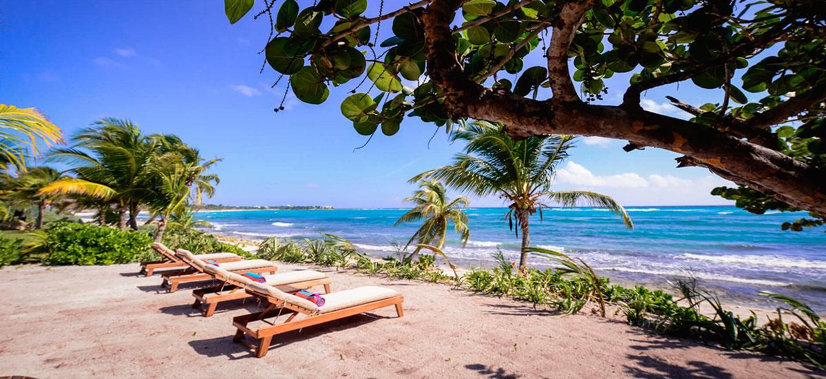 vila alma rosa beach lounge