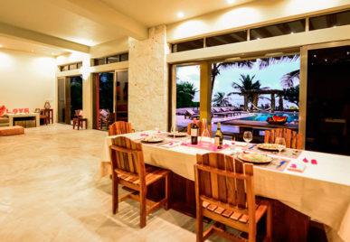 Villa Alma Rosa Dinner