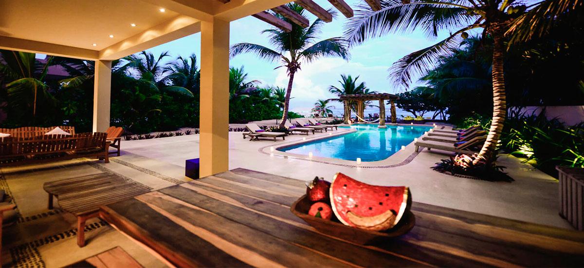 vila alma rosa pool