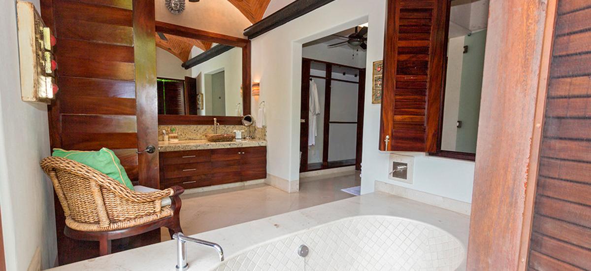 villa alma tub
