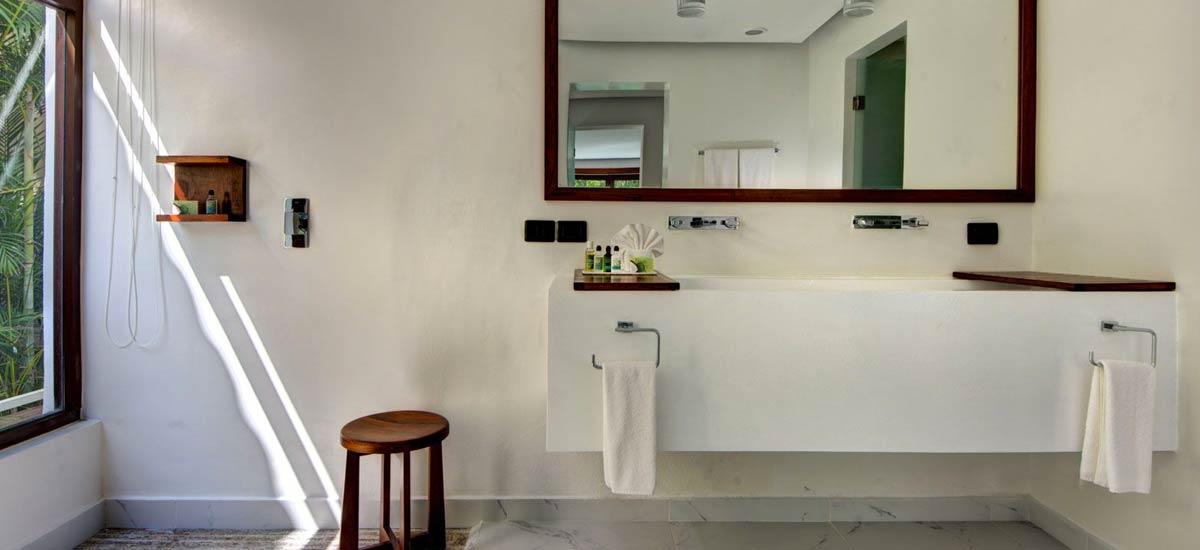 villa alta vista bath 3