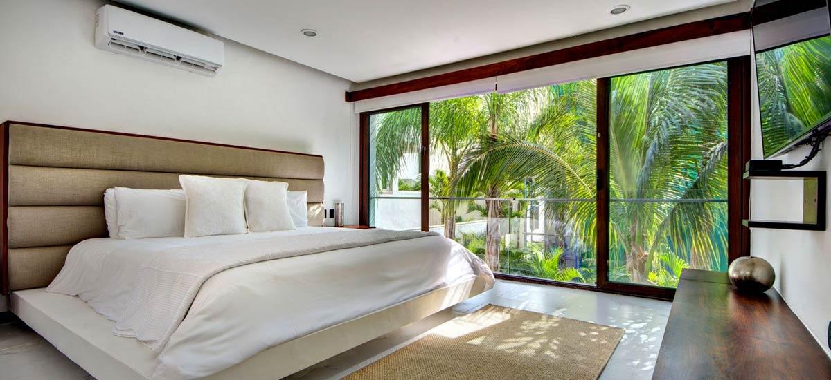 villa alta vista bedroom