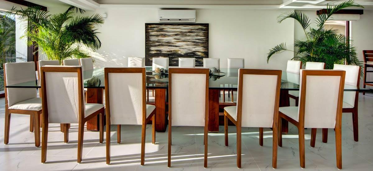 villa alta vista dining room