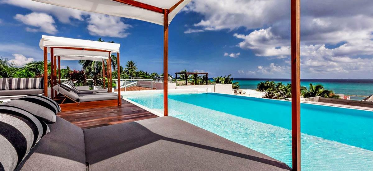 villa alta vista pool view