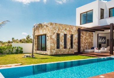 Villa Amara Header